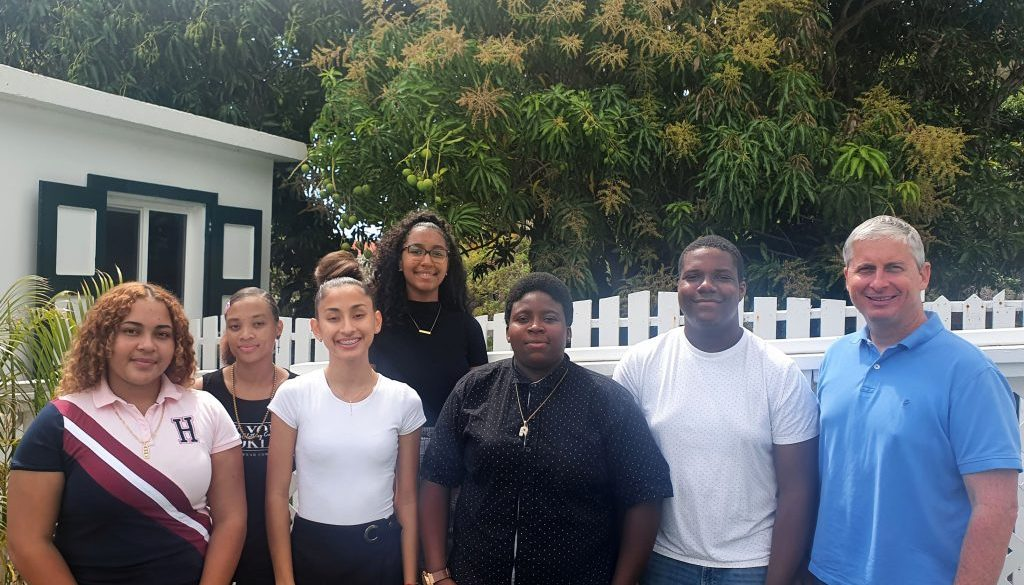 Youth Council Saba with Island Governor Johnson-01
